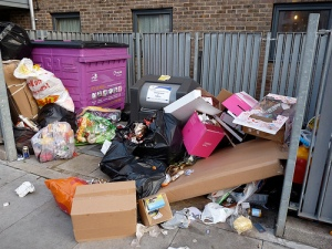 rubbish-London-UK